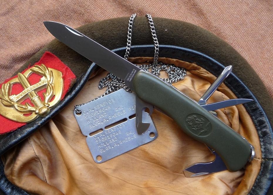 victorinox royal dutch army knife