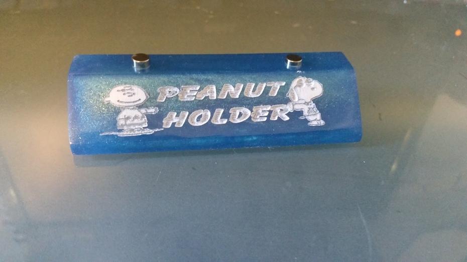 The Peanut Holder