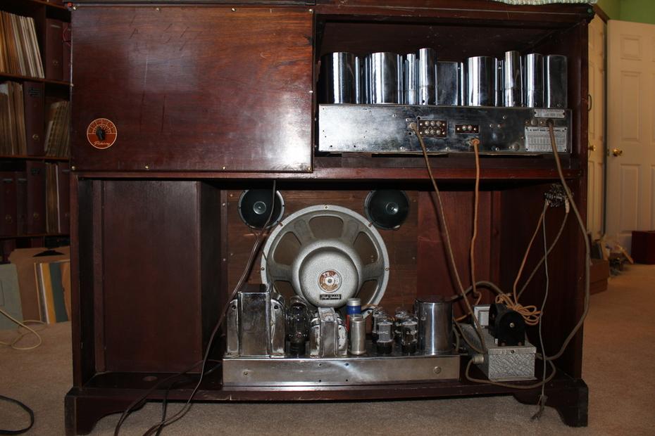 FM Philharmonic rear view