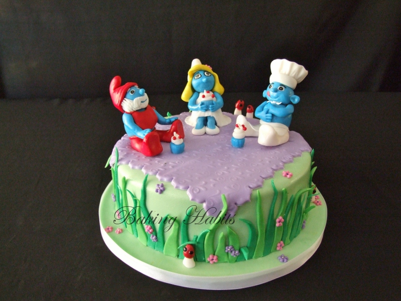 Smurf and Cupcake Party Cake
