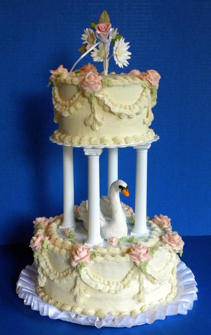 Vintage Swan Wedding Cake
