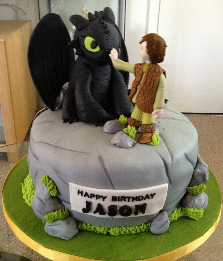 Yellow cake,chocolate filling,