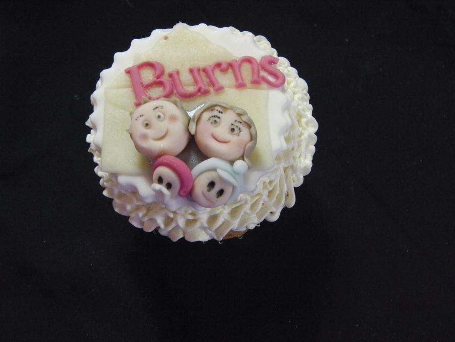 25th Wedding Anniversary story cupcakes