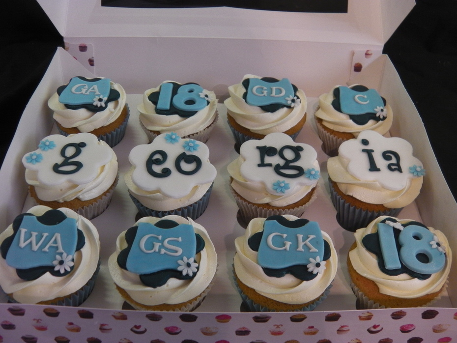 netball cupcakes
