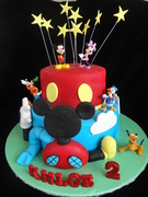 Mickie Mouse club house cake
