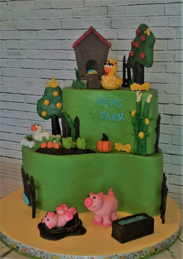 Ben's Farm Birthday cake