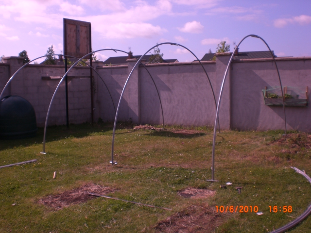 poly tunnel build