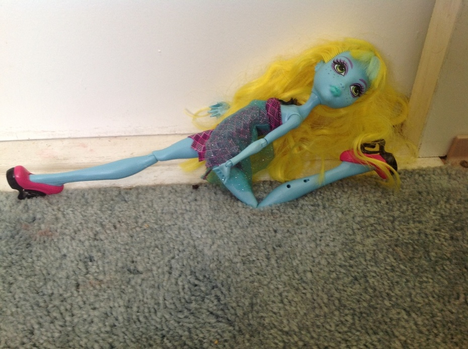 Freshwater lagoona blue rare doll