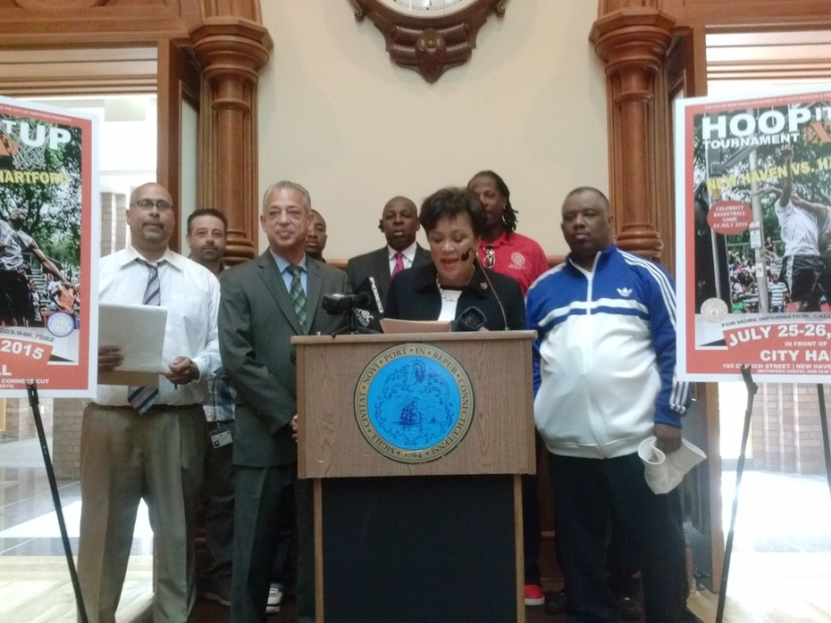 Two CT cities to team up for basketball tournament