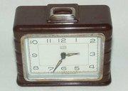 """German bakelite alarm clock """"Ruhla"""" 1950s"""