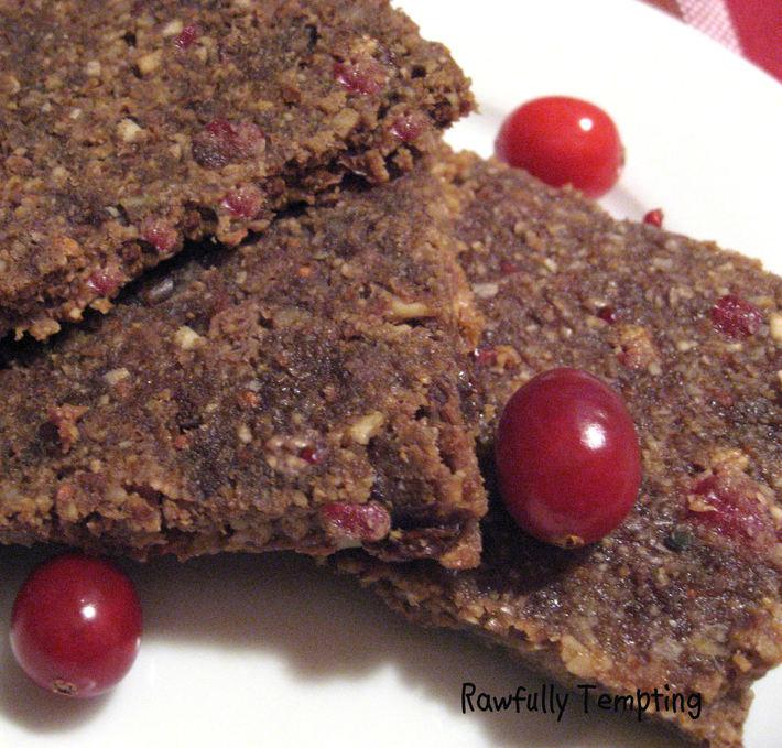cranberry oat bread slces