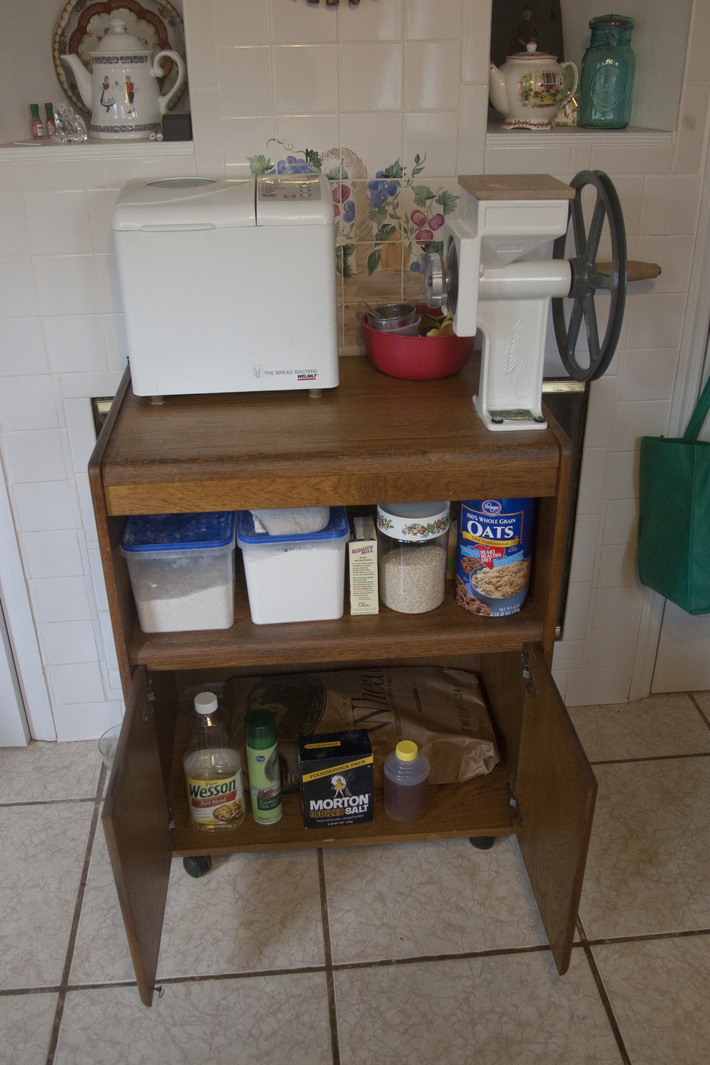 Breadmaking station