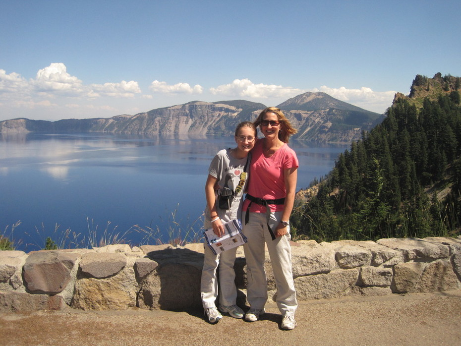 Kelly and Emily - Crater Lake N.P. (9/2011)