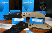 Benchmade SAND Grips 1