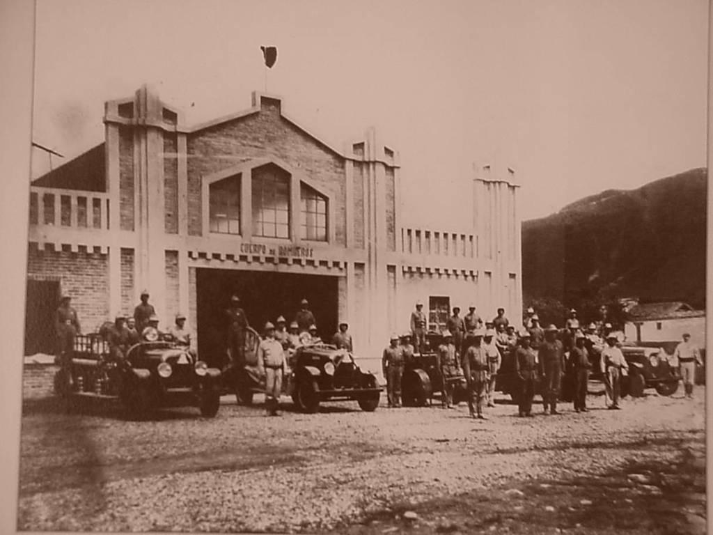 El antigua cuartel de bomberos de cali / Foto Destacada de La Hermandad de Bomberos