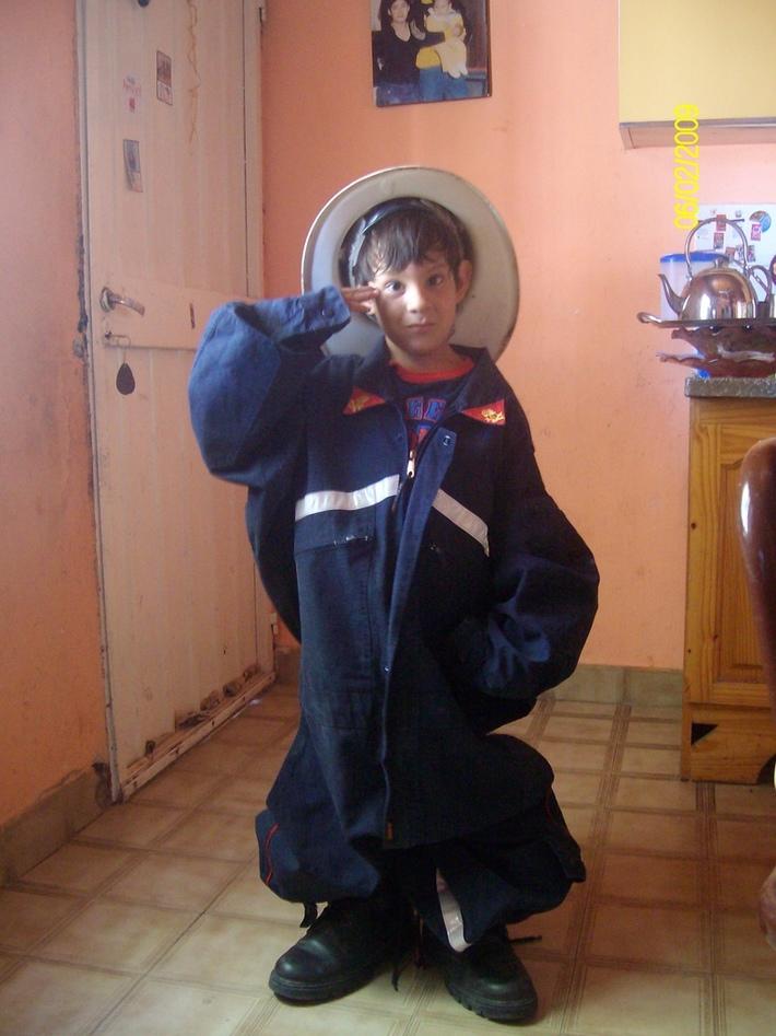 mi papa es bombero y yo tanbien