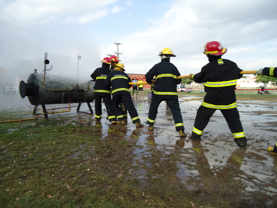 Escuela Internacional de Liquidos Inflamables, Combustibles y G.L.P. en el combate de Incendios / Alta Gracia, Cordoba en Argentina