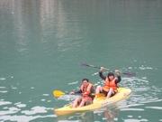 alovacruises.com daily photos - Halong bay tours