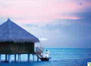 Romantic-Dinning-Water-Villa-Taj-Exotica-Maldives