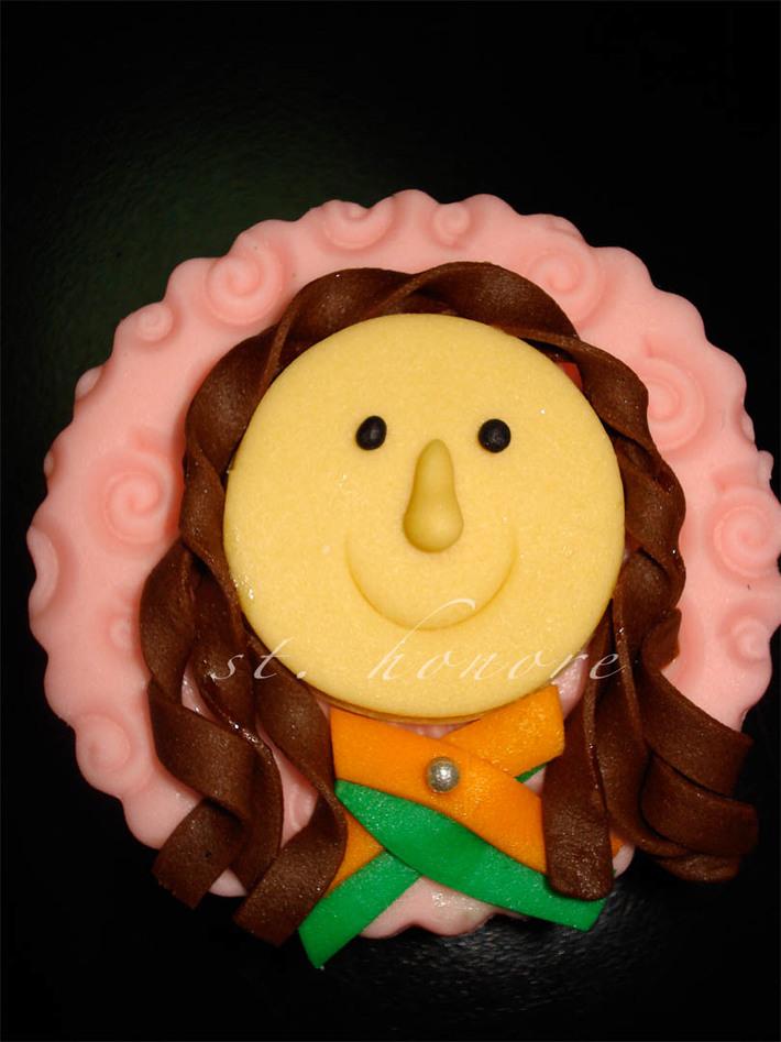 mac airline cupcakes 6