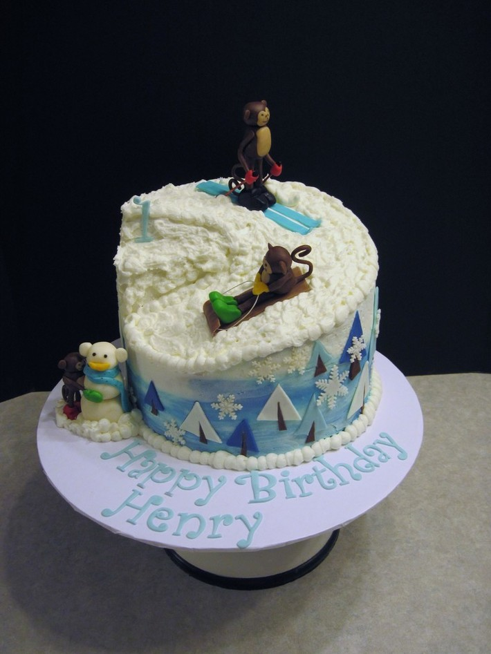 Skiing Monkeys Cake