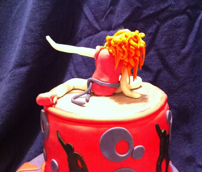 Icon Madonna Cake