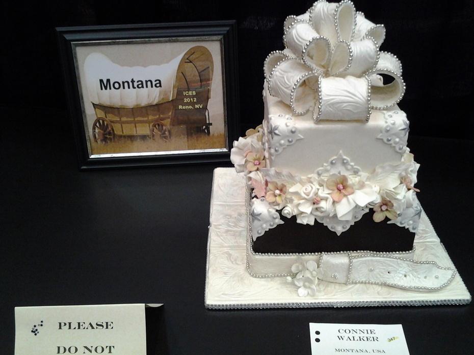 western wedding cake - 114F