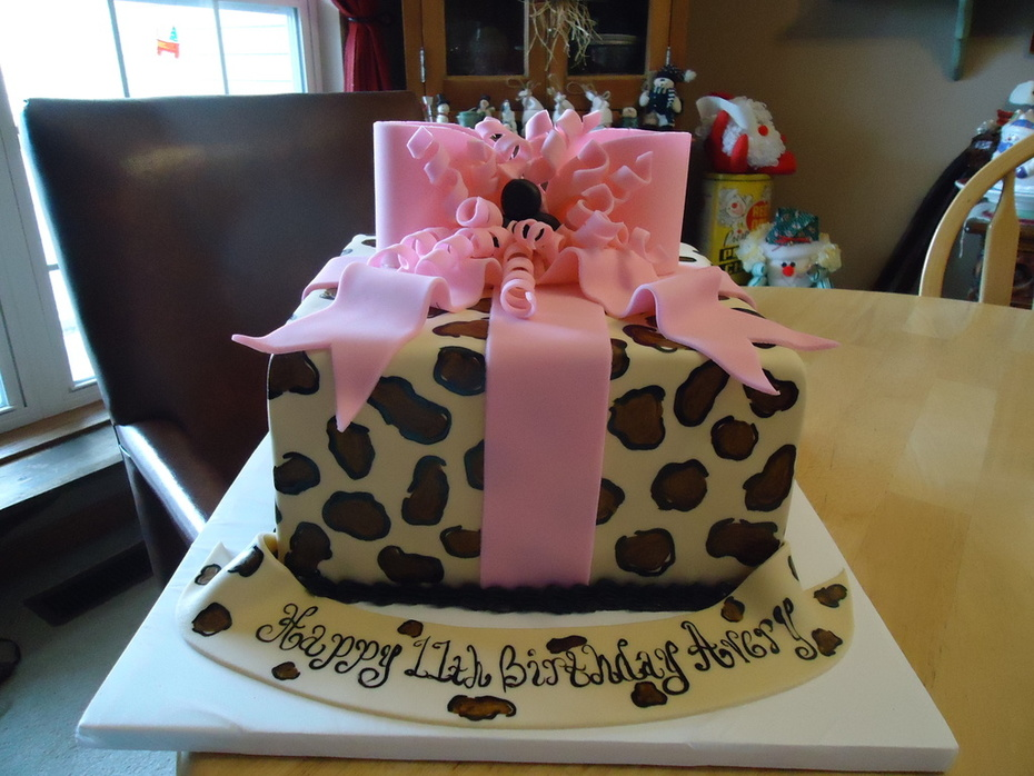 Wondrous Cheetah Print Birthday Cake Cake Decorating Community Cakes We Funny Birthday Cards Online Elaedamsfinfo