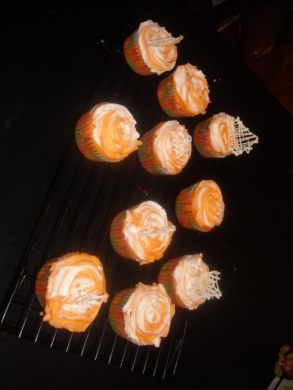 Ariel's Orange Dreamcicle Birthday Cupcakes 2013