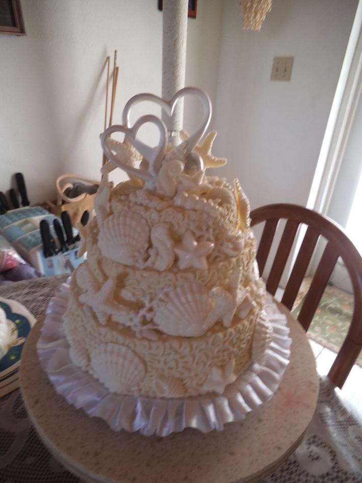 German couple wedding cake 27th march  013 019