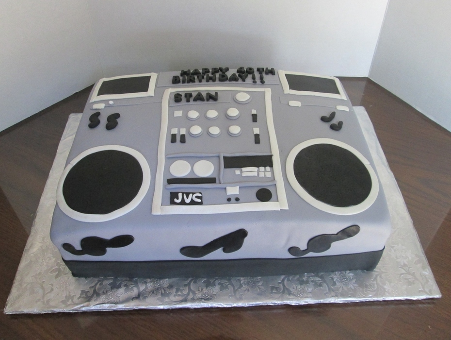 40th Boombox birthday cake