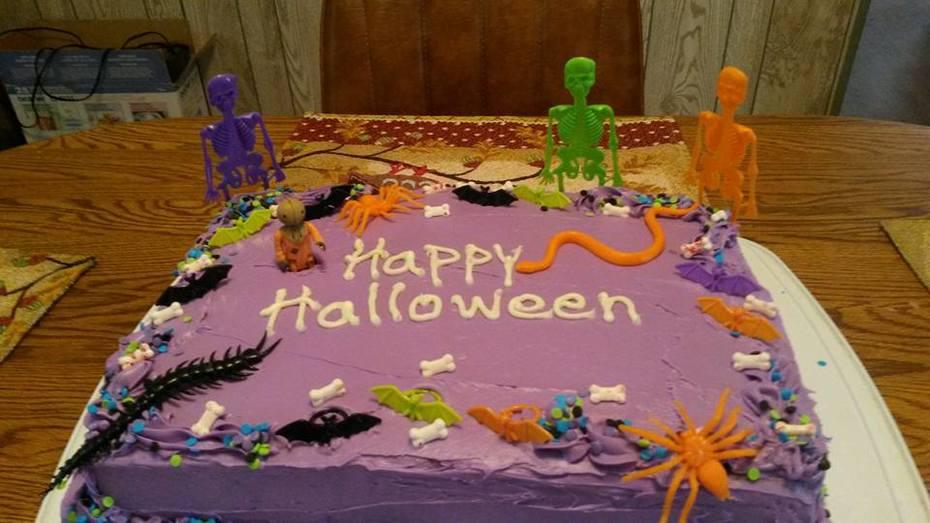 Joeys halloween cake for Oct.2015