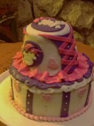 Pirate´s girly cake (left side view)