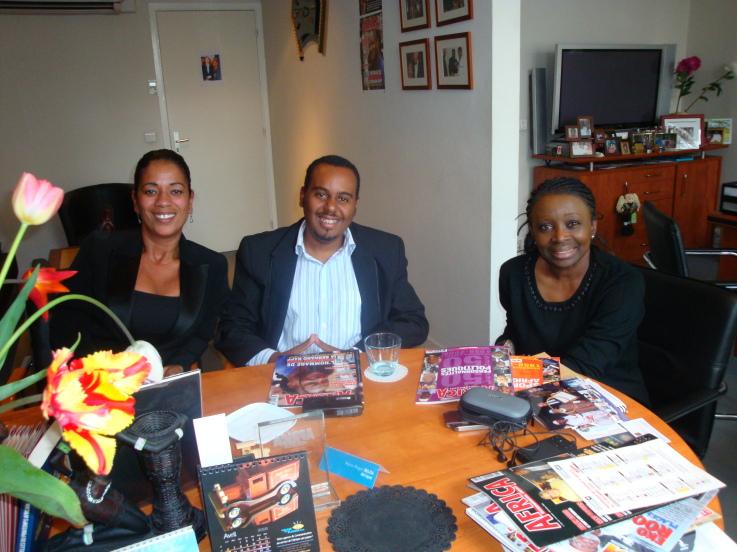 Visita ao Grupo Africa International - França (2009)