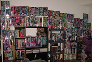 My full Monster High collection so far :)