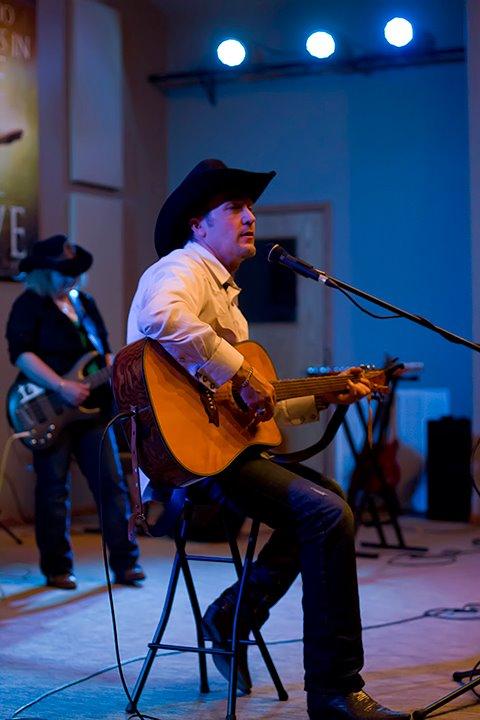 Kent Dudley in Concert
