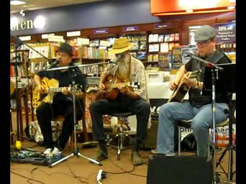 Mark McNeil (vocals), Mo Kauffey, Duane Rutter - Field Behind the Plow
