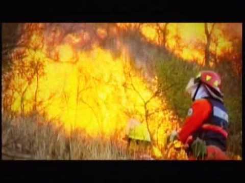 Homenaje a los Bomberos Voluntarios de Cordoba / Video Destacado de La Hermandad de Bomberos