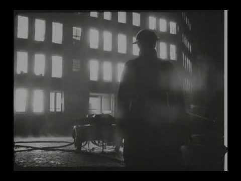 Bombardeos sobre Londres y Manchester en la Segunda Guerra Mundial / Video Destacado de La Hermandad de Bomberos