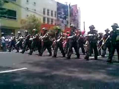 05 de Mayo de 2011 / Desfile de Bomberos en Puebla / México