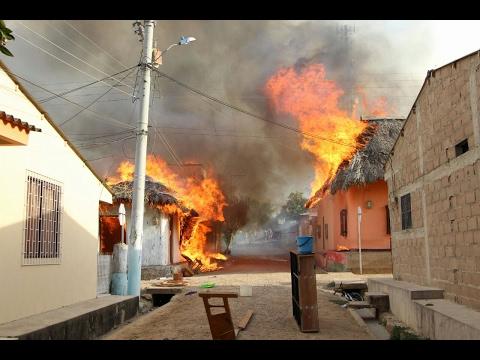 INCENDIO DESTRUYE EN MINUTOS COMPLETAMENTE SEIS CASAS - ALCALDÍA DE SINCE, SUCRE EN COLOMBIA