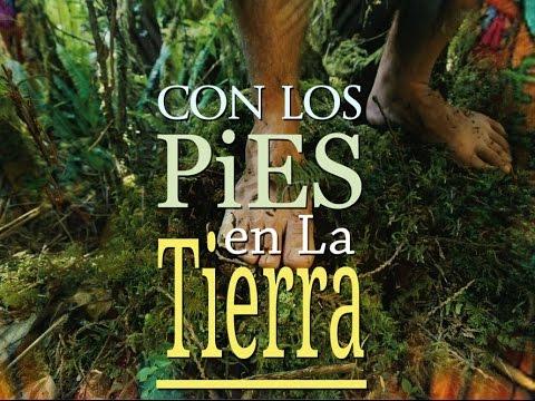 ...CON LOS PIES EN LA TIERRA...*...