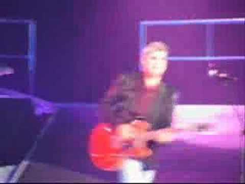 """Taylor     """"Don't Let Me Down"""""""
