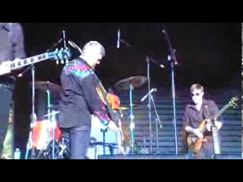 Taylor Hicks-Gonna Move-Tailgate-10-12-13