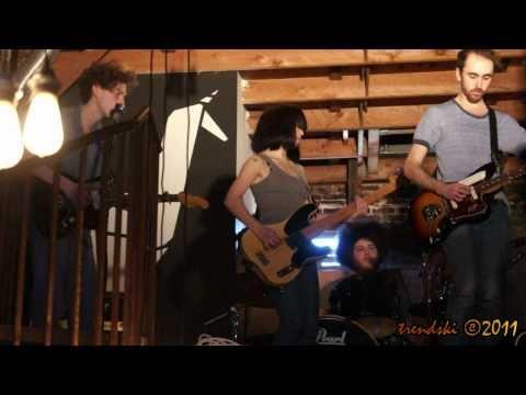 YUCK - Get Away (Live From Origami Vinyl, Echo Park) 2/12/11