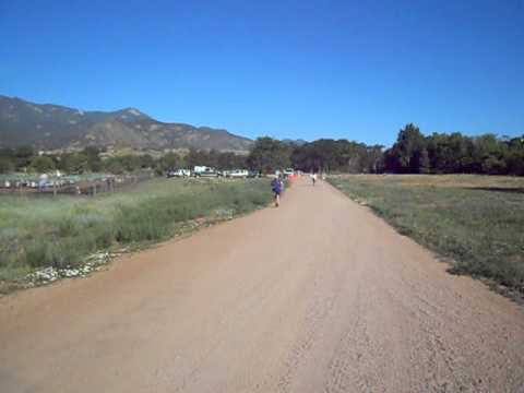 Start of the Panoramic 2- and 4-mile races at Bear Creek Park