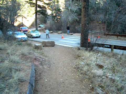 Start of 2011 Canya Cañon 6K Run for the Cub Trail Race