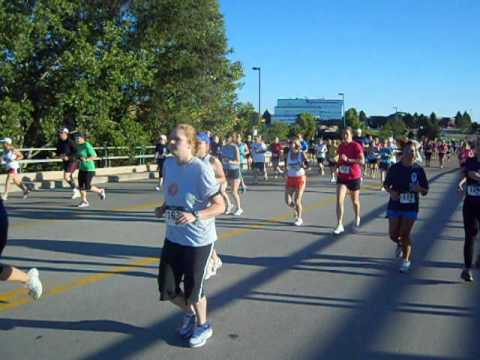 Start of the Classic 10K and Circle of Hope Run