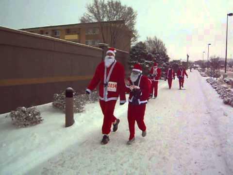 Zero-degree start of the Chasing Santa 5K