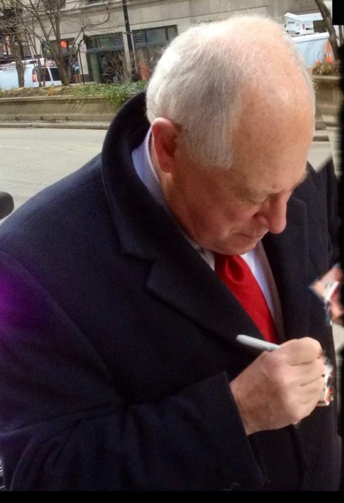 #21-43, Ill. Governor Pat Quinn signing, Hot Wheel